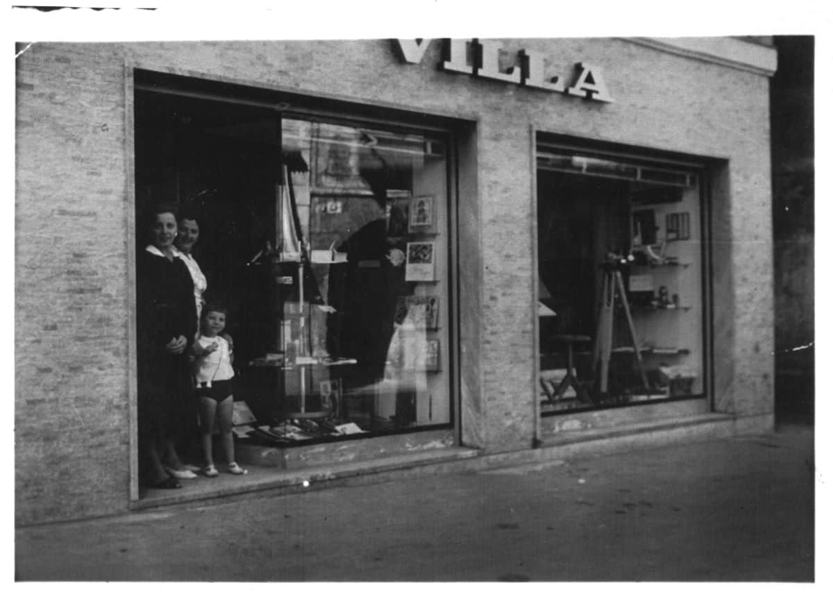 negozio-via-carrobbio-1957