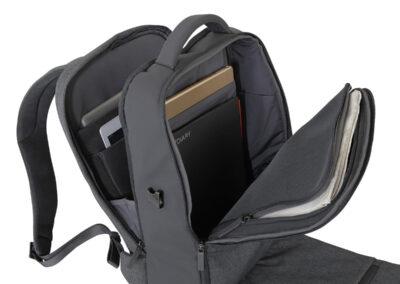zaino-organizzato-con-2-comparti-e-tasca-porta-indumenti-duty (5)