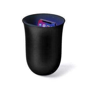 Lexon – OBLIO La stazione di ricarica wireless che igienizza il cellulare con la tecnologia UV. Colore nero – LH59N